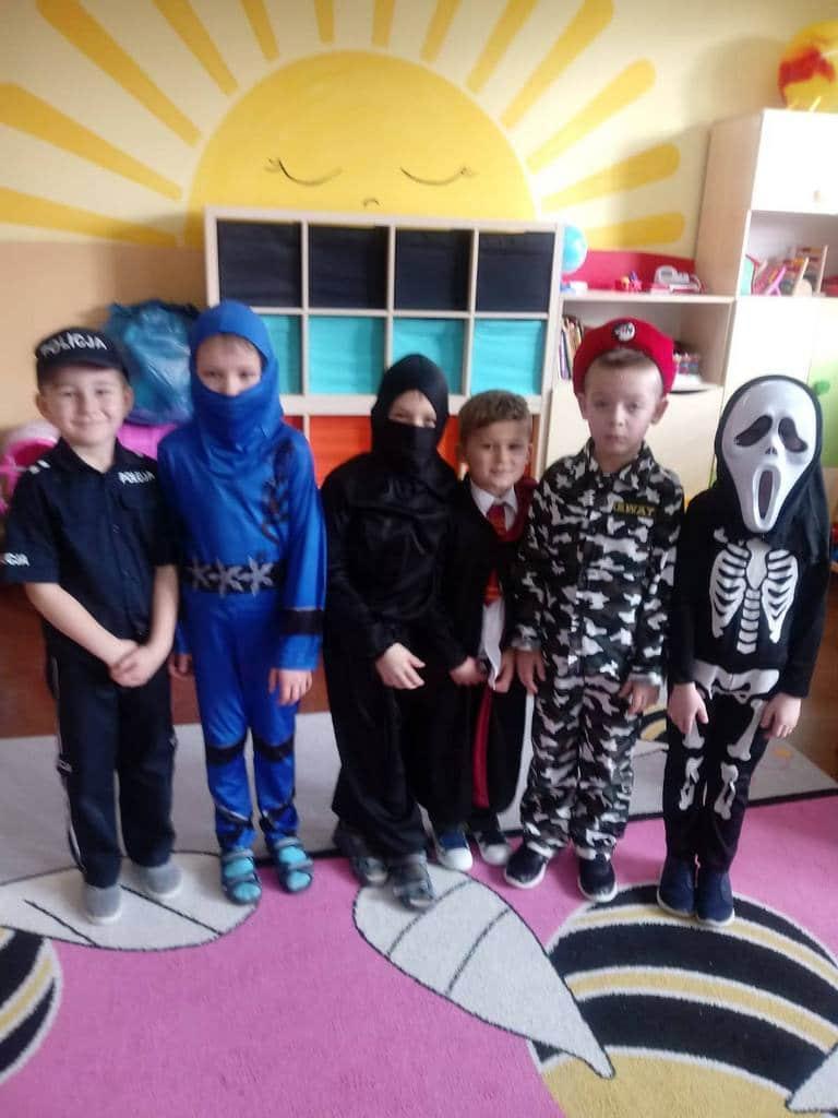 Szkoła Podstawowa w Pastuchowie karnawał